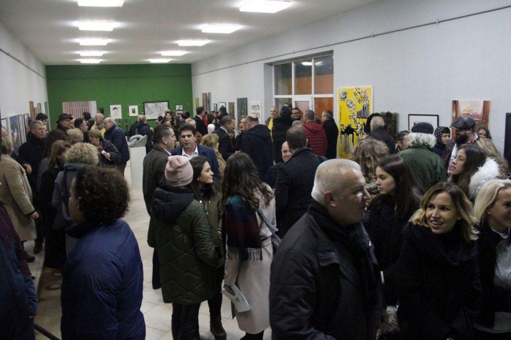 """Gjilan / 44 artistë shqiptarë marrin pjesë në manifestimin kulturor """"Flaka e Janarit 2020"""""""