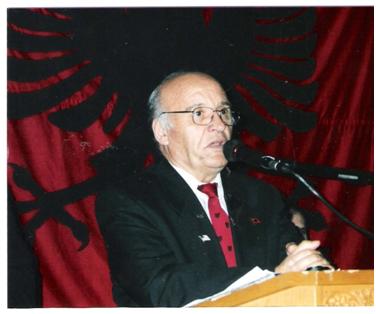 Përkujtohet Pjetër Arbnori në 87- vjetorin e lindjes së tij
