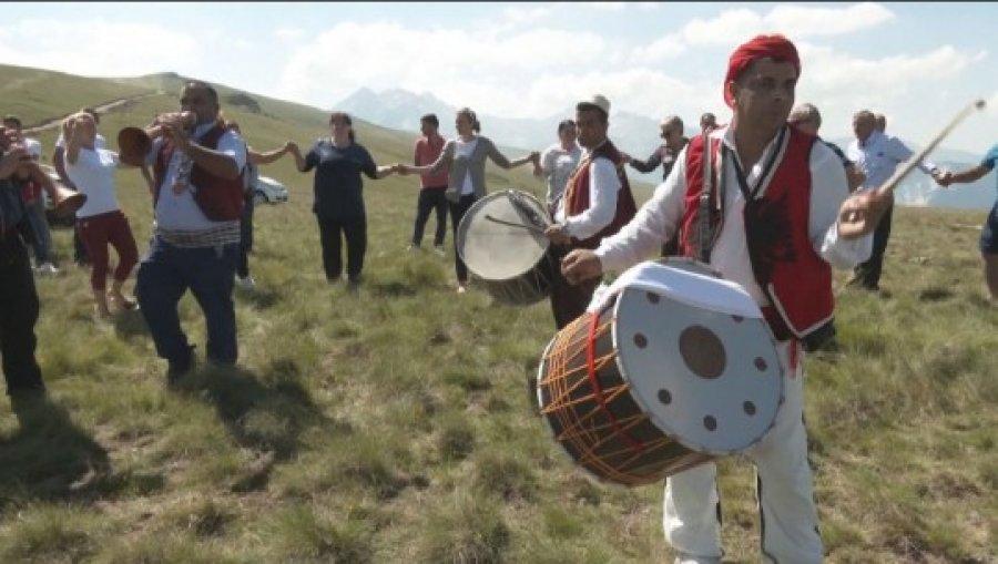 """""""Festa e Bjeshkëve"""" në Kukës tubon banorët e zonës"""