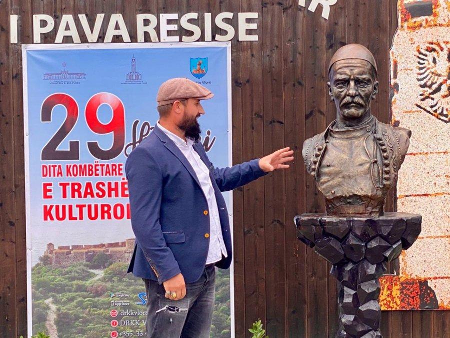 Busti i Boletinit – dhurata e Mitrovicës për Vlorën
