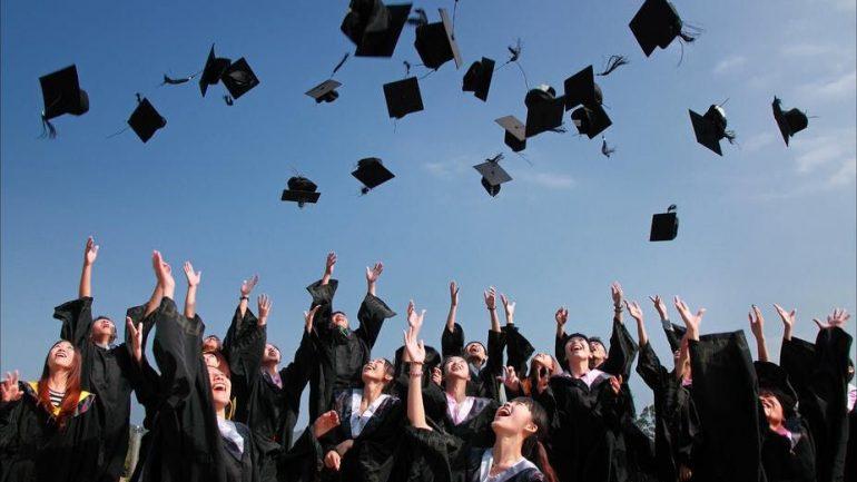 Koha për një fillim të ri të edukimit