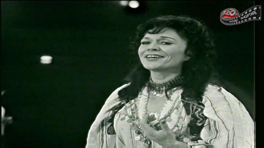 Sot është ditëlindja e Nexhmije Pagarushës –Mbretëreshës së Këngës Shqipe